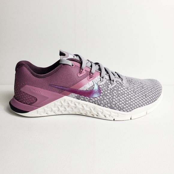 Nike Shoes - WMNS Nike Metcon 4 XD
